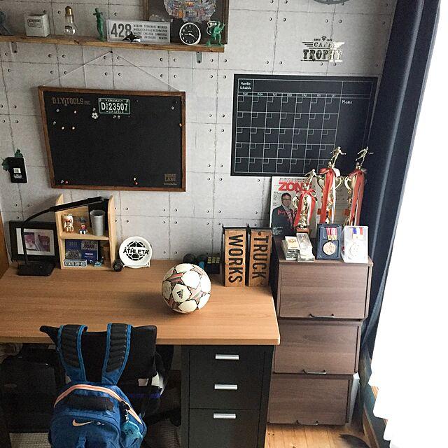 サッカー少年,ダイソー,cocosorasakuちゃん作品,学習机,山善収納部,山善,DIY,らくやきマーカー,おうちすっきりプロジェクト,いいね&フォローありがとうございます☆,山善オープンボックス,山善サンプリング当選,セリア,ニトリ,おうちすっきりボックス,高校生の部屋,無垢の床,くらしのeショップ asami1130の部屋