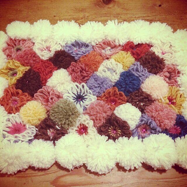 Entrance,ハンドメイド,手作り,玄関マット,毛糸のポンポン,毛糸 Marikoの部屋