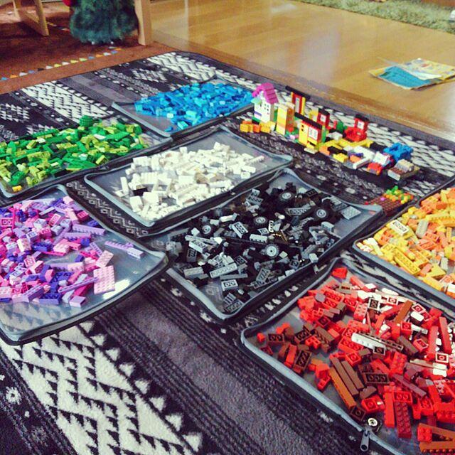 Lounge,100均,LEGO,ばばサンタもLEGO,収納,整理収納部,おもちゃ収納,ファスナーケース,レゴ収納,レゴ,ブロック収納,ファイルケース,チャックを閉じるだけ~,こどもと暮らす。,中の仕切りネットは切りました。,整理収納アドバイザー2級,おすすめします♡,収納アイデア remonの部屋