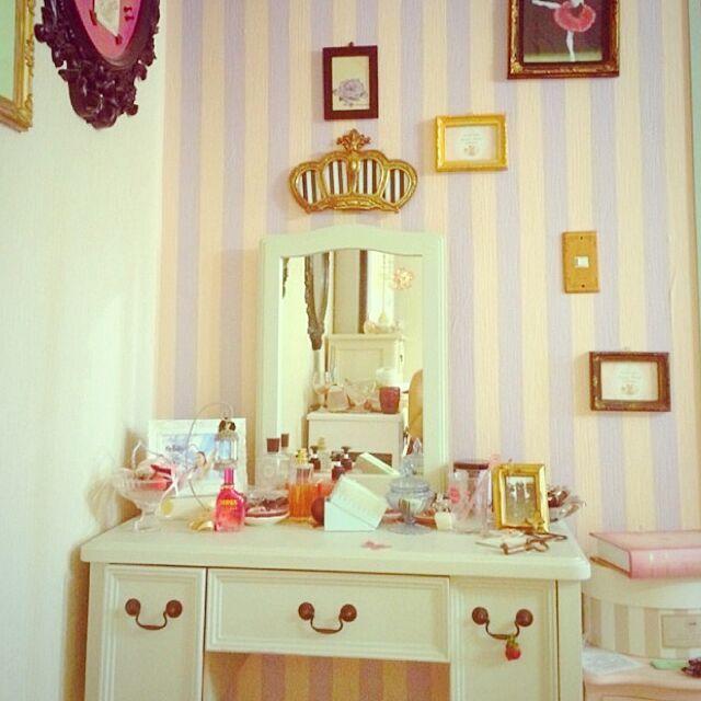 My Shelf,額縁,鏡,ドレッサー butacomの部屋