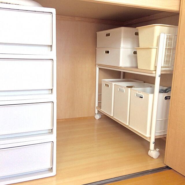 On Walls,和室,押入れ,収納,スクエアボックス,ダイソー,ニトリ,モノトーンボックス,収納ワゴン,山善,デッドスペース活用,デッドスペース,山善収納部,インボックス,くらしのeショップ,ニトリ インボックス miyuの部屋