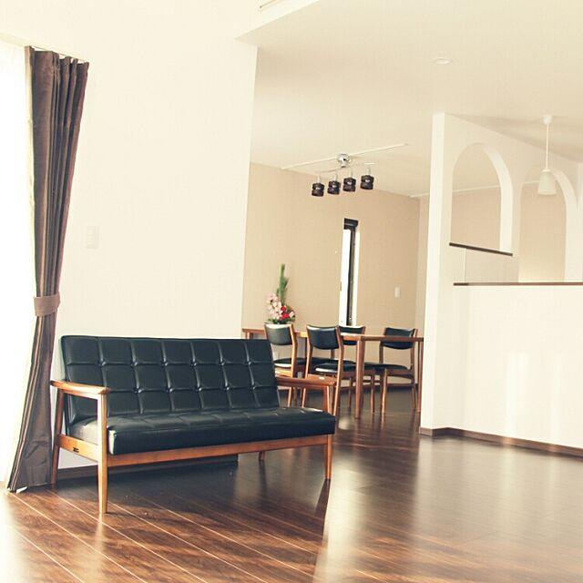 Overview,LDK22畳,カリモク60,アール垂れ壁,シンプルモダン,リビングからダイニング,注文住宅,ダイケンの床,入居前,モダンデコ to-moの部屋