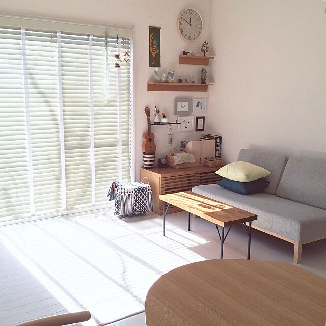Lounge,ソファ,北欧,北欧雑貨,北欧インテリア,無印良品 ,無印良品 壁に付けられる家具,IKEA,DIYテーブル SAYOの部屋