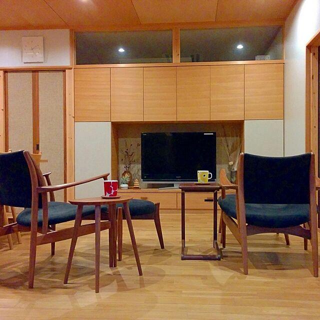 Lounge,音楽,北欧インテリア,テレビボード,マリメッコ,マイホーム,和モダン,新築一軒家,インテリア,和風,北欧,雑貨,平屋の家,シンプルライフ,新築,無垢材,暮らし,平屋,テレビ台,リビングダイニング,収納,収納棚,マリメッコマグ,造作家具 hiraya2015の部屋