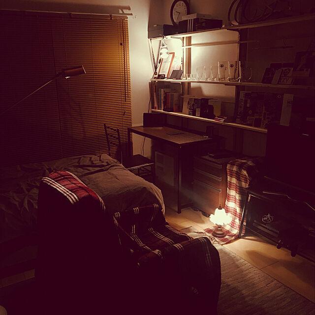 My Desk,クリップライト,スタンドライト,これさえあれば、わたしの部屋,照明,壁面収納,古着屋風,男前,雑貨,一人暮らし wacchi0323の部屋