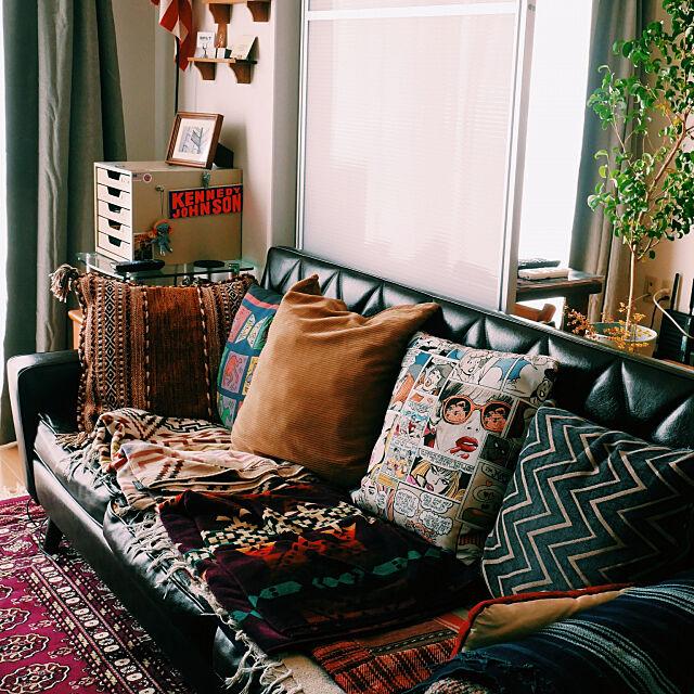 Lounge,アンティーク,ヴィンテージ,雑貨,観葉植物,クッション,アフガンラグ,カリモク60 kazsaviorの部屋