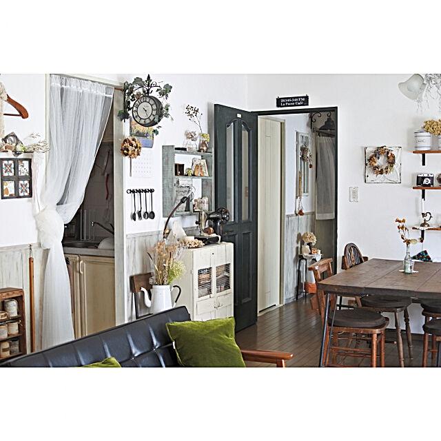 Lounge,ドア塗り替え,漆喰壁,腰壁 Purinの部屋