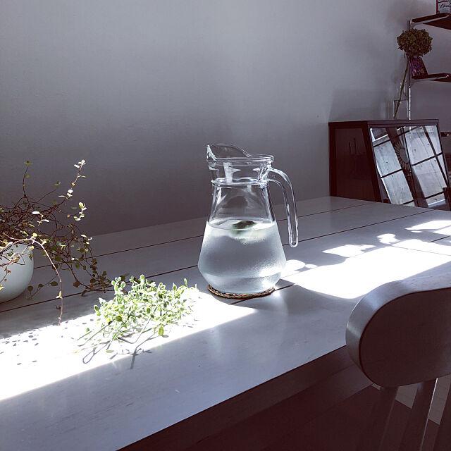 ミントの香り,ダイニングテーブル,丁寧に暮らしたい,植物のある暮らし,シンプル,ピッチャー,ニトリ,My Desk asaの部屋