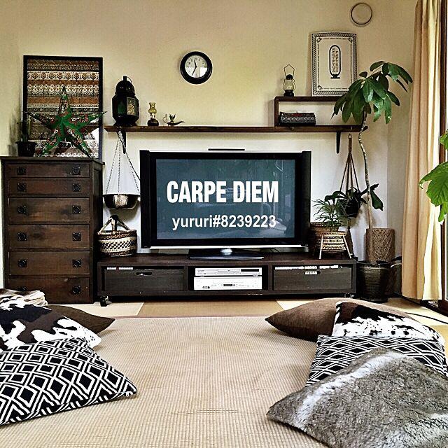 Lounge,TV周り,TVボード,関西好きやねん会,クッションカバーは全部ニトリ,ニトリ,DIY,TV台DIY,TV,TV台,NO GREEN NO LIFE,IKEA,モロッコランプ,モロッコ,エスニック,ニトリのクッションカバー,ファストインテリア,和室,定点観測 yururi-8239223の部屋