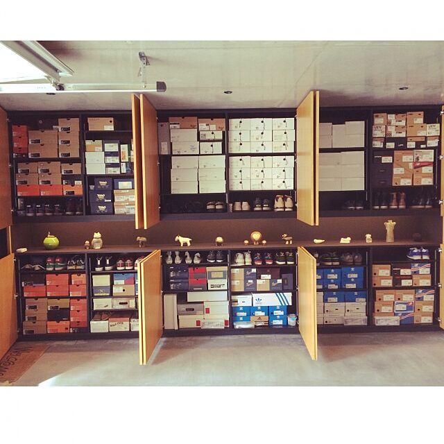 My Shelf,靴棚,間接照明,ニッチ ,墨モルタル,リサラーソン,ブーツ,スニーカー,靴 ninの部屋
