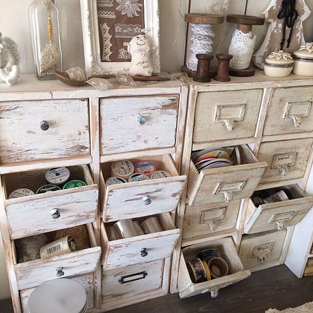 My Desk,小引き出しd,シャビーペイント,セリアのつまみ,材料収納,エコ,牛乳パック再利用 icchiの部屋