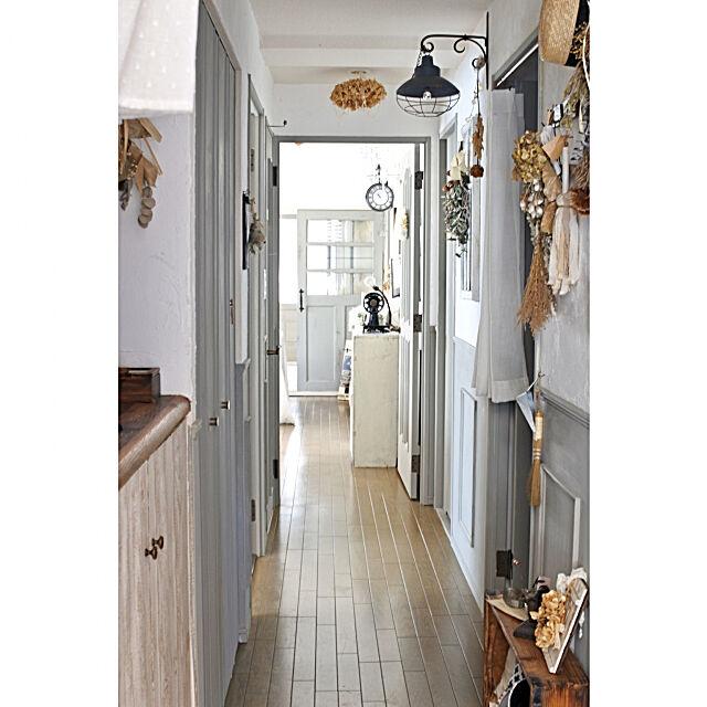 漆喰壁,腰壁,モールディング,DIY,ナチュラルフレンチ,フレンチシャビー風,アンティーク,マンション,Entrance Purinの部屋