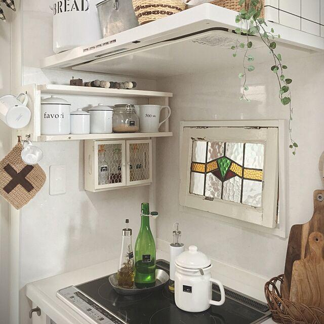 My Shelf,コンロ周り,液だれするものはトレイに乗せて tomoの部屋