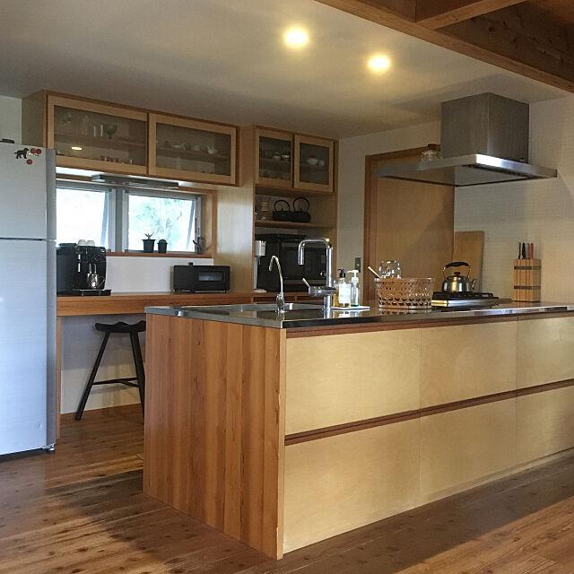 キッチン,いぬと暮らす,カリモク60,漆喰の壁,土間玄関,薪ストーブ,造作キッチン,Kitchen yukikoの部屋