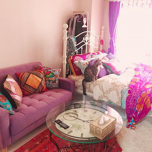 Bedroom,ダブルベッド,USED家具,海外インテリア,猫と暮らすマンション,猫と暮らす,猫とインテリア,モロッカン,エスニック,一人暮らし,アンティーク,ソファ chrisの部屋