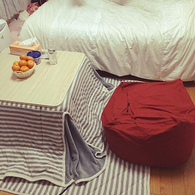 My Desk,こたつのある部屋,こたつ,人をダメにするソファ,おしゃれにな部屋にしたい,一人暮らし,6畳,ひとり暮らし 1K,女一人暮らし,とりあえずこんな感じ,いいね!ありがとうございます♪,汚部屋改造計画,無印良品 YUZUKIの部屋