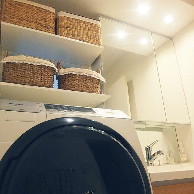 Bathroom,かご収納,ニトリのかご,セリアランチョンマット,洗濯機Panasonic,洗面台Takarastandard okuriの部屋