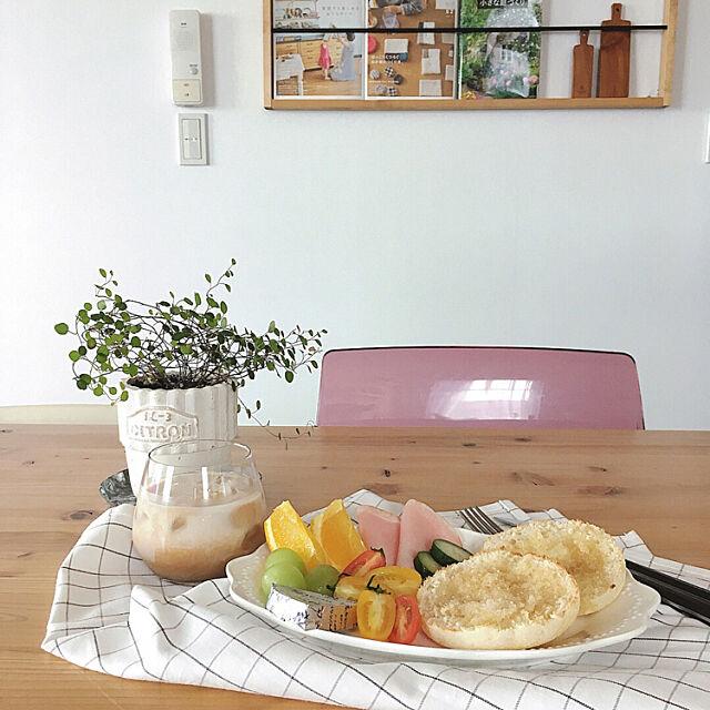 My Desk,おうちカフェ,きのこ生えた,ワイヤープランツ,ブックシェルフDIY,朝ごはん,おうちごはん,ニトリの食器 Yayoiの部屋