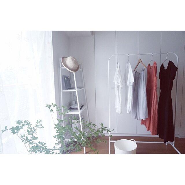On Walls,家事,IKEA,ミニマム,ワンルーム,1R,シンプル,ふたり暮らし,白,ドウダンツツジ,無印良品,ハンガーラック Lily.Kの部屋