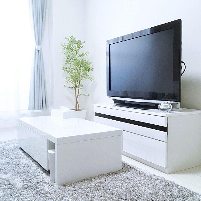 Lounge,白いテレビボード,ホワイトテレビボード,グレーラグ,ラグ,ローテーブル,白い家具,テレビボード,ホワイト大好き,ホワイト,白が好き,グレーカーテン,mag掲載,賃貸物件 nekozonbiの部屋