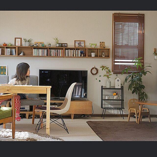 Overview,カリモク60,無印良品,CD,ワトコオイルダークウォルナット,パキラ,unico ,TV,壁につけられる家具,オーディオ,IKEA,壁に付けられる家具 u-jの部屋