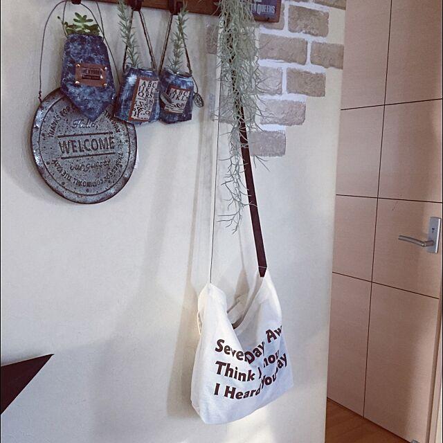 Entrance,帽子手袋収納,トートバック,ダイソー,リメ缶,デニム風,Tomoka♡,welcomeプレート,モシャモシャ yuuko...の部屋