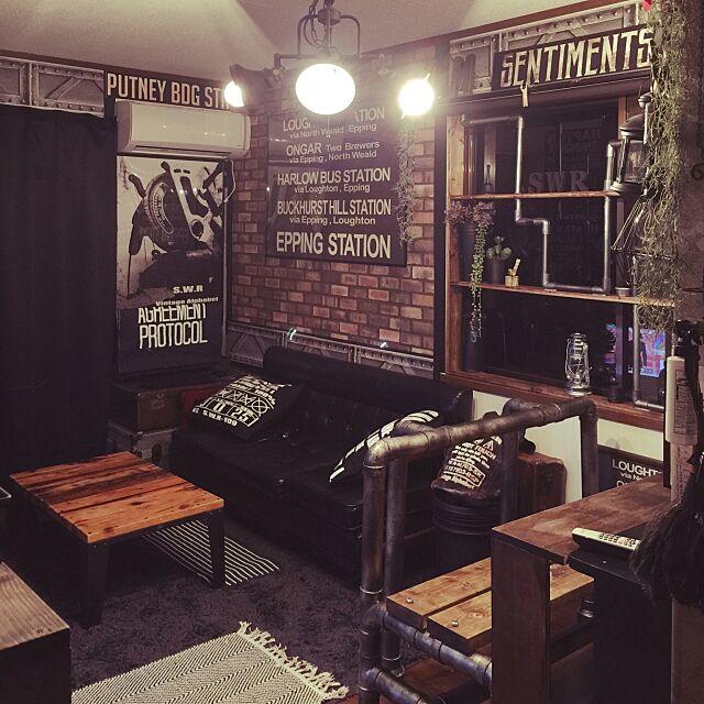 工場,レンガ,男前,例の寝室,壁紙屋本舗,塩ビパイプの匠,汚し,自作ポスター,インダストリアル,Lounge swaro109の部屋