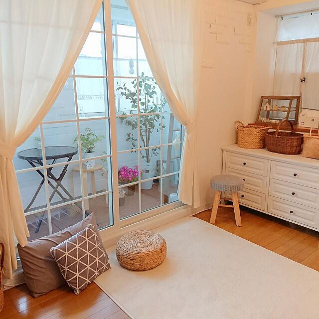 Overview,ニトリ,ニトリのスツール,ニトリのカーテン,ニトリのガーデンテーブル,ニトリ大好き♡,フェイクグリーン naoの部屋