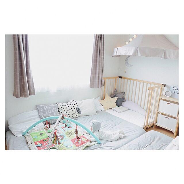 Bedroom,ベッドキャノピー,グレーが好き,ニトリ,賃貸インテリア,北欧ナチュラル,セリア,赤ちゃんのいる暮らし,北欧,日々の暮らし,賃貸アパート,シンプルインテリア,IKEA,無印良品,キャノピー,グレー好き♡ n.ar._の部屋