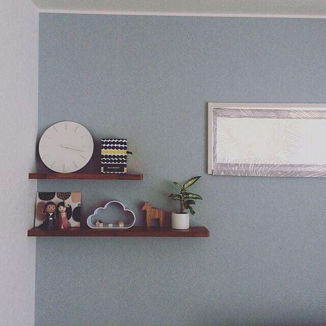 My Shelf,北欧インテリア,北欧,おうちオブジェ,よしおかれい,雲,フライングタイガー,ラシィマット,クルイェンポルヴィ,観葉植物,ダーラナホース,手作りカーテン,ディスプレイ,飾り棚,アクセントクロス,ブルーグレー,マリメッコ,コンポッティ,新築,おうち,マイホーム記録,似たような写真,いつもいいねやコメありがとうございます♡ eri_____i.mの部屋