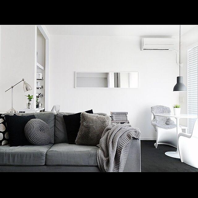 Overview,白黒,モノトーンの部屋,モノトーン,グレー,ソファ tuuliの部屋