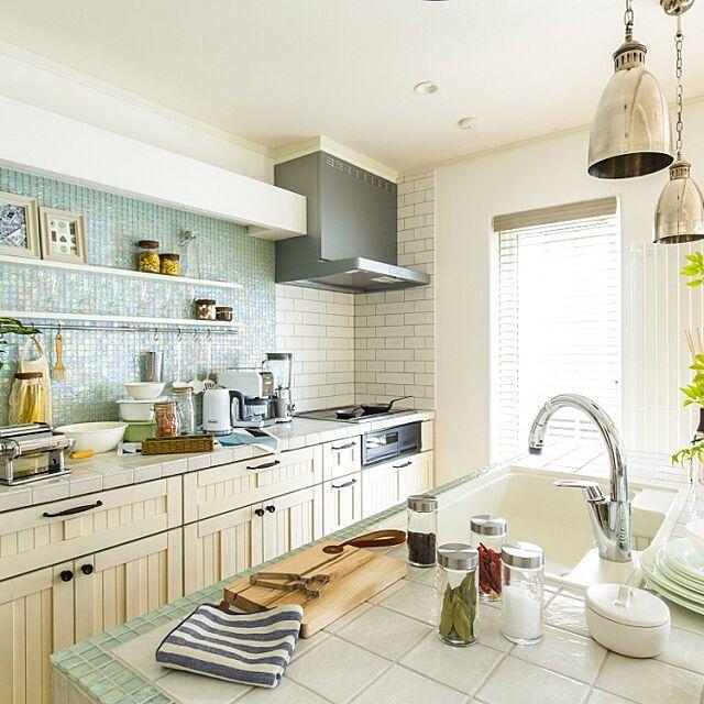 Kitchen,かわいい,アイランドキッチン,タイルキッチン,カフェ風,雑貨,北欧,インターデコハウス InterDecoHausの部屋