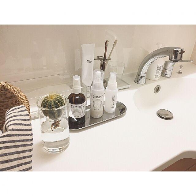 Bathroom,シンプル,ガラスベース,ストライプ,オーガニック,MARKS&WEB,歯ブラシスタンド,ダルトン,ボタニカル,洗面所,サニタリー,水耕栽培,サボテン,賃貸,無印良品,セリア,ダイソー,ホテルライク minami_09の部屋