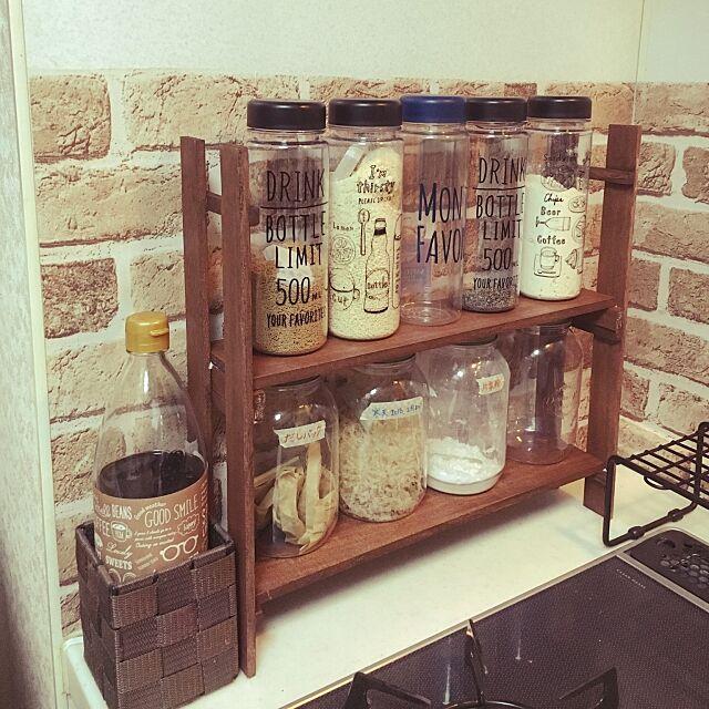 すのこ,DIY,ヴィンテージワックス,セリア,ドリンクボトル,セリアの瓶,リメイクシート レンガ,男前インテリア,ナチュラル系,調味料棚,コンロ周り,ダイソー,いつもいいね!ありがとうございます♪,Kitchen,珪藻土soil seiran.の部屋