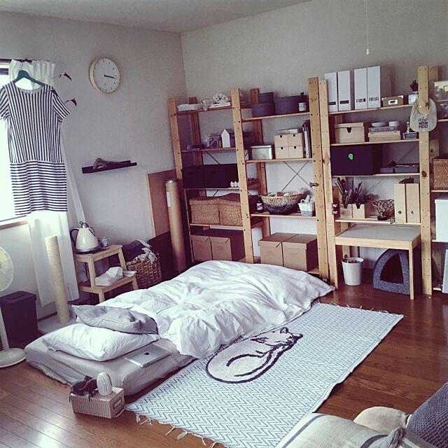 Bedroom,アートをインテリアに取り入れたい,アート,セリア,DIY,IKEA,ナチュラル,一人暮らし,ダイソー,雑貨,ニトリ,モノトーン,無印良品,100均,北欧,ふとん,ふとん派,塩系インテリア kurozzzの部屋