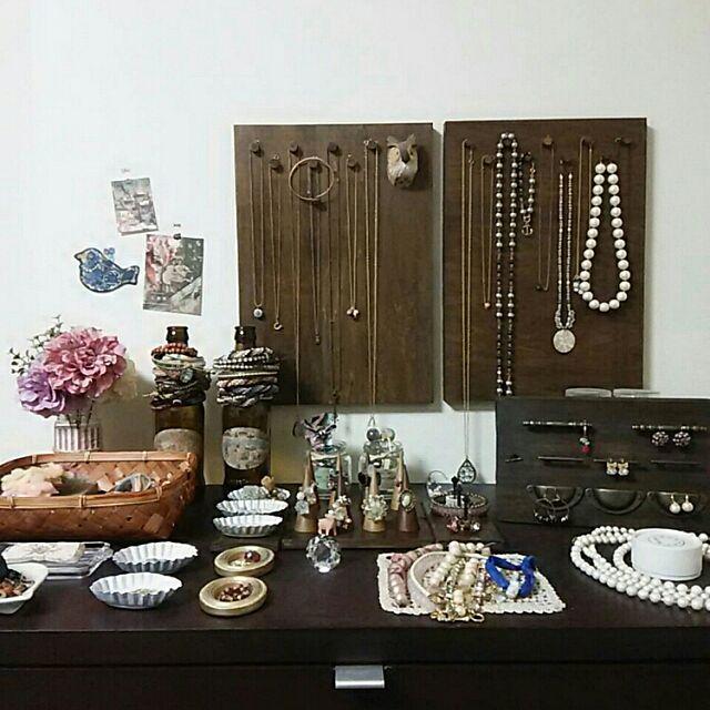 My Shelf,ビーズアクセサリー,写真加工なし,ブライワックス,ミミズク,見せる収納,アクセサリーディスプレイ,DIY,アクセサリー収納 Ryokoの部屋
