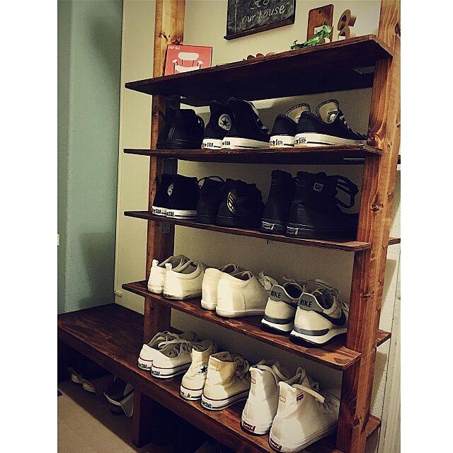My Shelf,ディアウォール 靴箱,シンプル収納,靴箱 DIY,ペンキ塗り,ブライワックス チーク,100均,セリア RYOTAの部屋