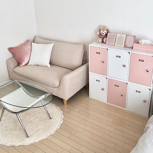 RoomClipアンケート,ニトリ部屋,ピンク女子,DIY,一人暮らし,ニトリ,7畳,ひとり暮らし,女子部屋,1K 1人暮らし,女の子のお部屋,ピンクインテリア,ピンク×ホワイト,100均,ソファーのある暮らし,ソファー,Overview KoRoRoの部屋