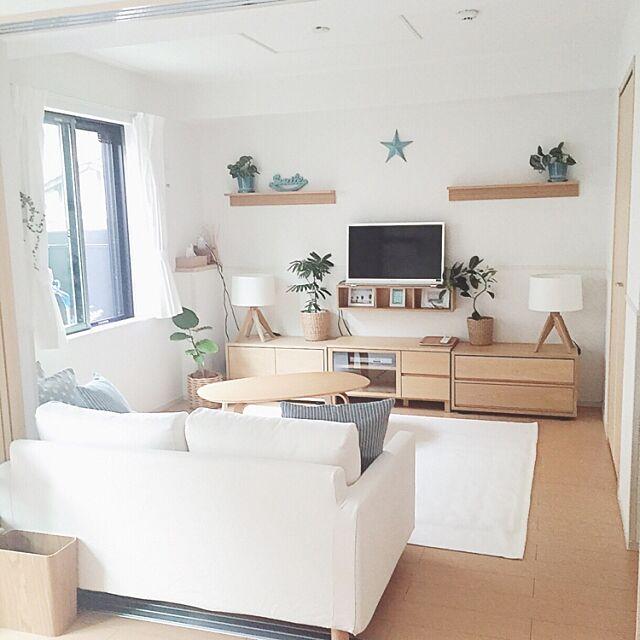 Lounge,無印良品大好き,さわやかスタイル,星,ビーチスタイル,無印良品 壁に付けられる家具,爽やか,ターコイズブルー,シンプル好き,無印良品カーテン,スッキリ暮らしたい,ホワイト,みどりの雑貨屋さん,シンプルライフ,水色大好き,summer,水色×白,星型,清潔感が大事ー♪,無印良品,無印良品 家具,無印良品クッション,自分流インテリア Maron_Chaco_Roomの部屋