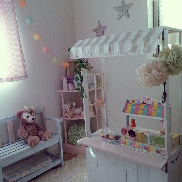 Bedroom,娘の部屋,こども部屋,セリア,DIY,パステルカラー,おままごと,おみせやさん,ままごとキッチンDIY rieの部屋