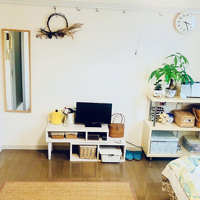 全身ミラー,無印良品 壁に付けられる家具,賃貸アパート,6畳1K,シンプルな暮らし,居心地の良い空間作り,ミニマリストに憧れる,一人暮らし,狭い部屋,ナチュラルインテリア,ひとり暮らし 1K,Overview m1k1tar0の部屋