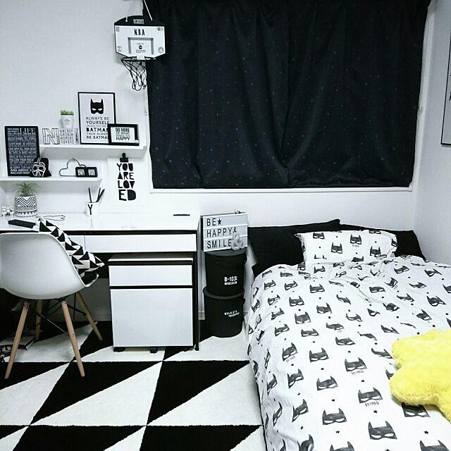Overview,白黒,モノトーン,アート,H&M HOME,ポスター,北欧,IKEA,男の子の部屋,小学生男子,DESIGN LETTERS,子供部屋 mimi24の部屋