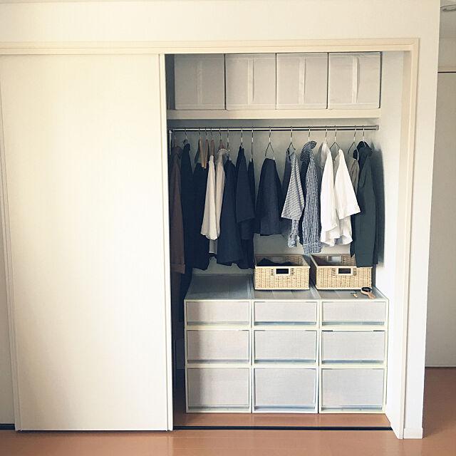 Bedroom,シンプル,ミニマリストに憧れて,すっきり暮らしたい,IKEA,断捨離中,無印良品,ハンガー収納,服収納 yokoko45の部屋