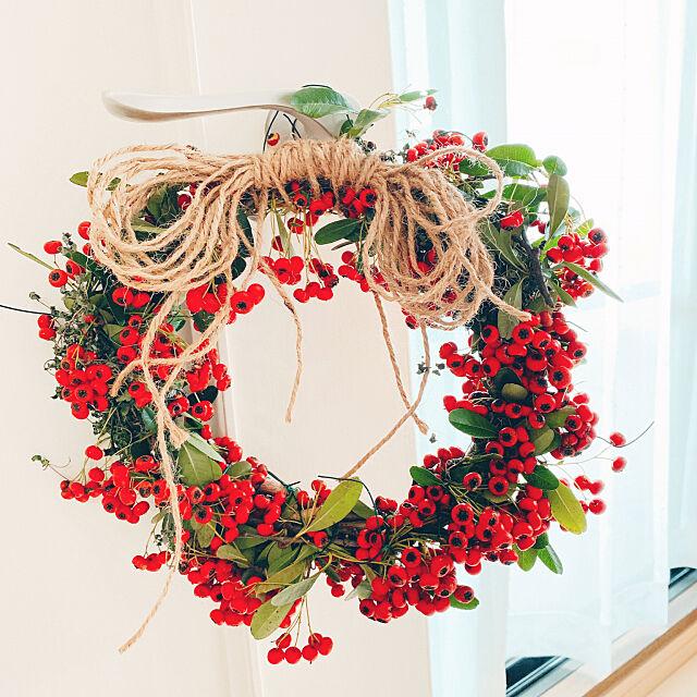 On Walls,麻紐リボン,クリスマスリース手作り,何の植物?,手作りリース♡,お花大好き♥,ピラカンサ? Tenの部屋