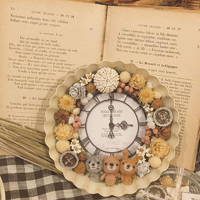 My Shelf,時計,マドレーヌ型,ドライフラワー,ハンドメイド,リース,木の実,プリザーブドフラワー,オリジナル,羊毛フェルト,メルカリ,雑貨,インスタichica.05,ナチュラル,minne ichica jujuの部屋