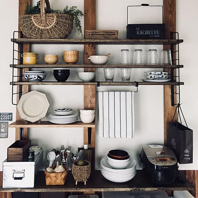 My Shelf,壁面棚,ありがとうございます♡,RoomClip mag,ディアウォール棚,アイアンシェルフ DIY,ディスプレイ棚DIY,食器棚DIY,DIY momijiの部屋