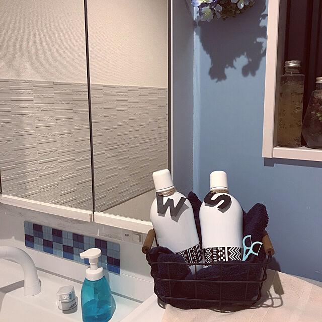 口臭予防,マウスウォッシュ,ホワイト,洗面所,Bathroom umeboshi08の部屋
