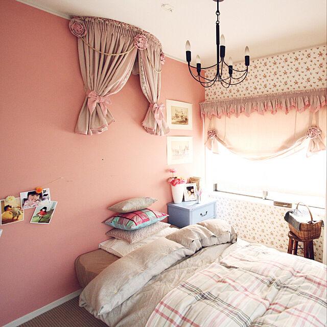 リノベーション,カーテン,ピンクの壁,Bedroom RIKAの部屋