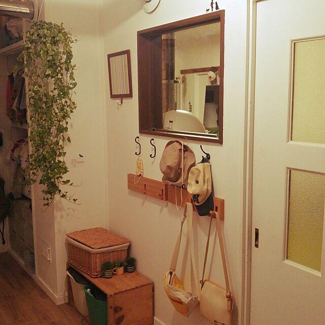 Bathroom,植物のある暮らし,ディスプレイ,観葉植物,平屋,かご収納,無印良品,フック収納,見せる収納,身支度スペース,身支度ロッカー,身支度はここで,かける収納,リノベーション oizu36の部屋