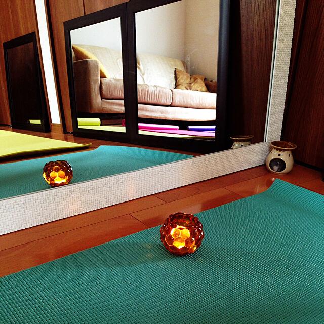 アロマランプ,ヨガマット,鏡,ヨガルーム,いいね!ありがとうございます!,自宅でヨガ教室やってます,On Walls fuangfaaの部屋